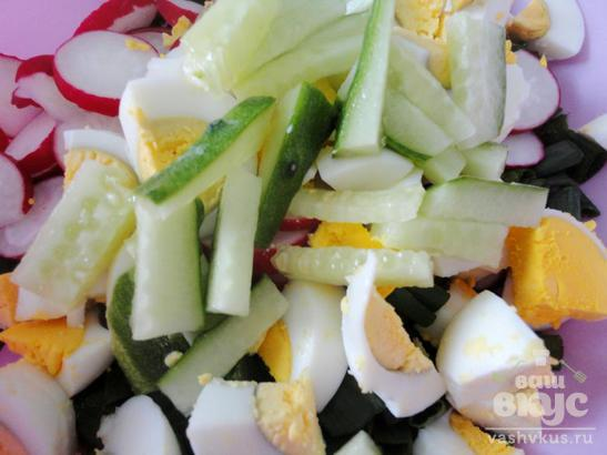 Овощной салат с соевым соусом и майонезом