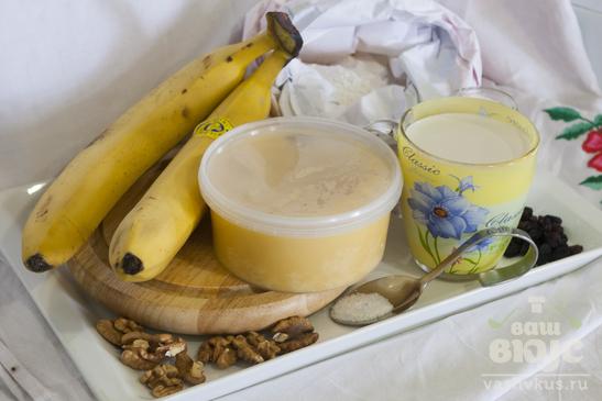 Рисовый пудинг с бананами и орехами