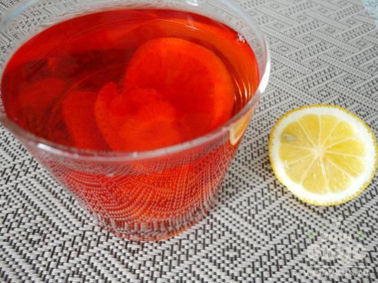 Компот из клубники с лимоном