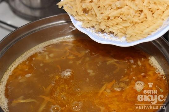 Суп-лапша с тушенкой