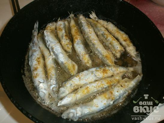 Жареная мойва на сковороде