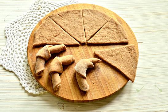 Рогалики с какао - порошком
