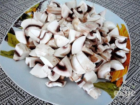 Корзинки с грибами