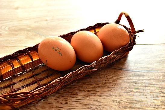 Закуска из баклажанов с яйцами