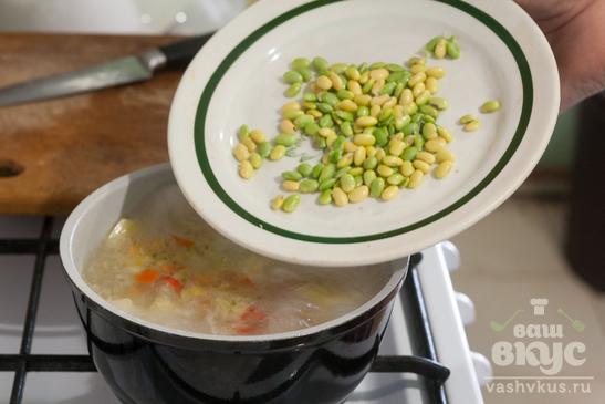 Суп с эдамаме (молодой соей)