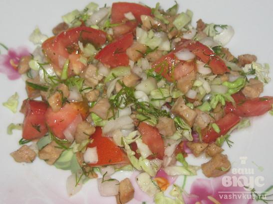 Салат со свининой и овощами
