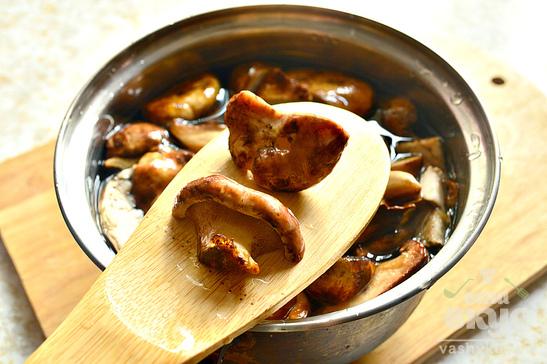 Отварные грибы на зиму
