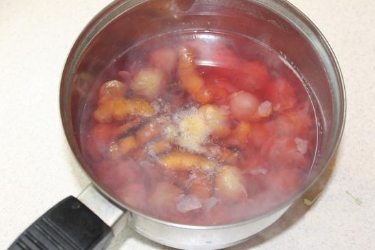 Виноградно - сливовый компот