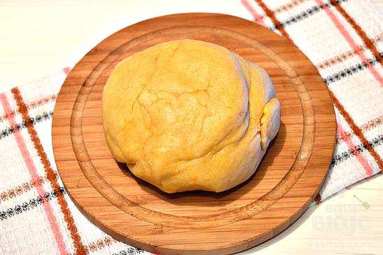 Капустный пирог с яйцом и рисом