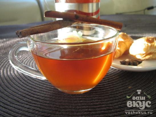 Черный чай с сухофруктами, имбирем и корицей