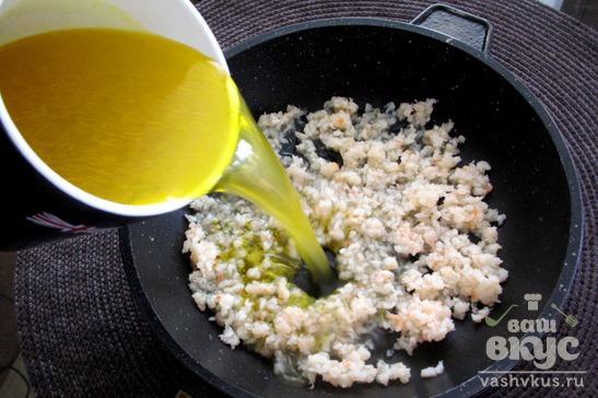 Суп с мясом криля на курином бульоне