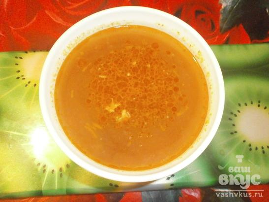 Суп с фасолью и копчеными свиными ребрышками