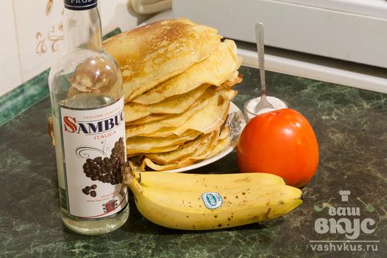 Сладкие блины с бананом и хурмой