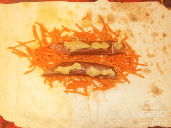 Хот-дог в лаваше с копчеными сосисками