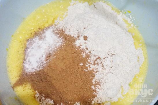 Торт бисквитный с йогуртовой прослойкой