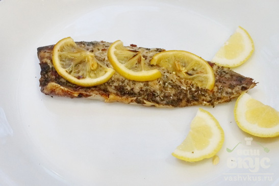 Скумбрия с лимоном в духовке