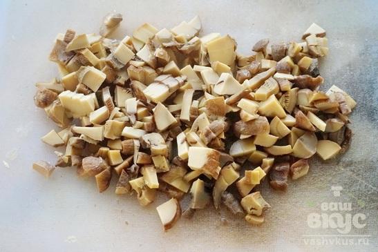Куриные отбивные с грибами и сыром