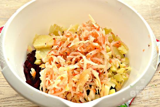 Винегрет с корейской морковью