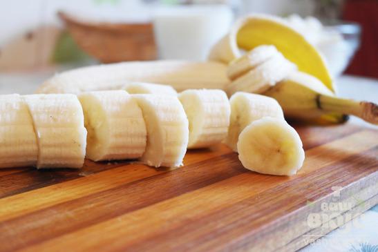 Бананово-творожный коктейль